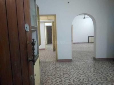 Gallery Cover Image of 1350 Sq.ft 3 BHK Apartment for rent in Nanganallur for 20000
