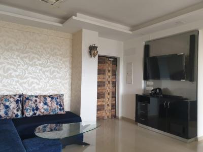 Gallery Cover Image of 1700 Sq.ft 3 BHK Independent Floor for rent in DLF Capital Greens, Karampura for 60000