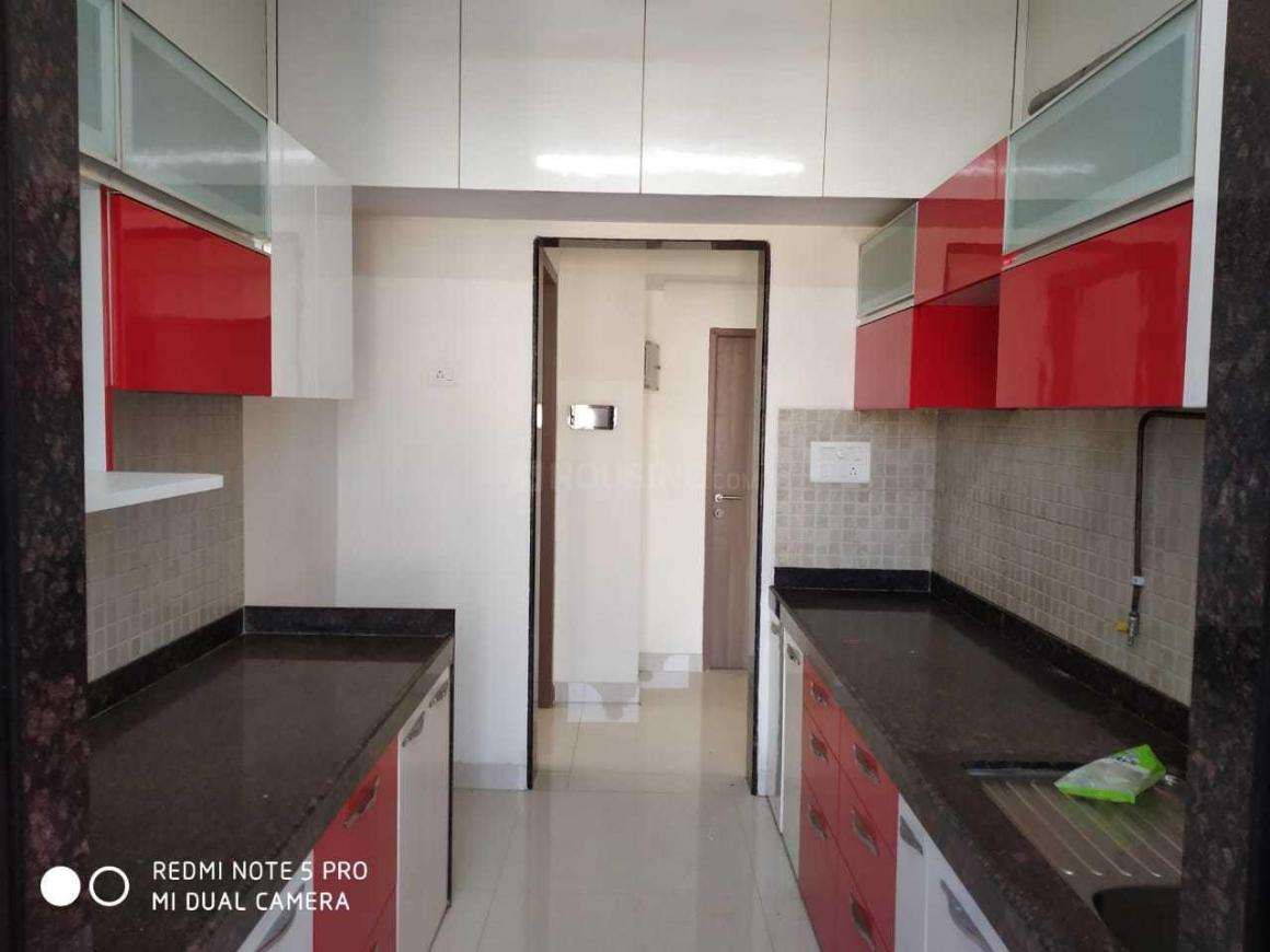 Kitchen Image of 650 Sq.ft 1 BHK Apartment for rent in Kandivali West for 27000