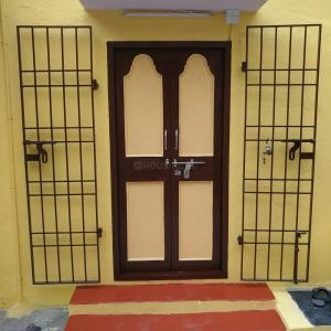Gallery Cover Image of 625 Sq.ft 1 RK Independent House for rent in Mylapore for 11000