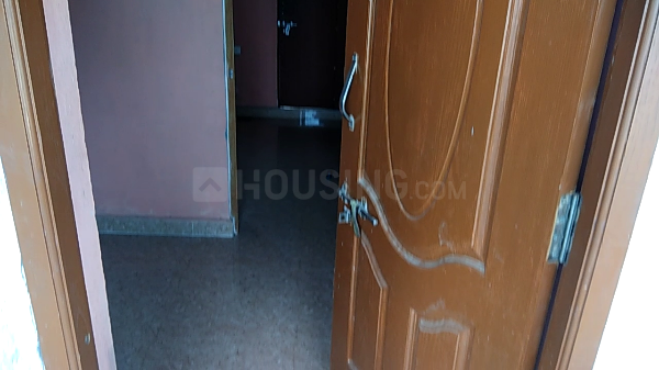 Main Entrance Image of 300 Sq.ft 1 BHK Apartment for rent in Medavakkam for 6000