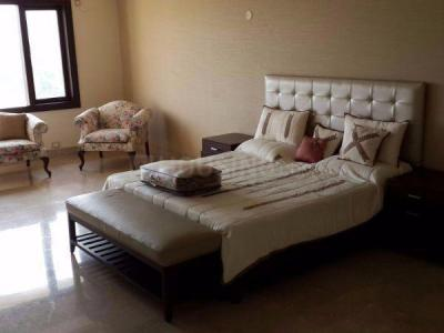Gallery Cover Image of 2400 Sq.ft 3 BHK Apartment for rent in Sarve Sanjhi Apartments, Sector 9 Dwarka for 33000