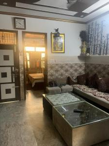 Gallery Cover Image of 450 Sq.ft 1 BHK Independent House for rent in Palam for 7000