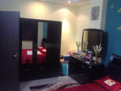 Gallery Cover Image of 1380 Sq.ft 3 BHK Apartment for rent in Lake Town for 25000