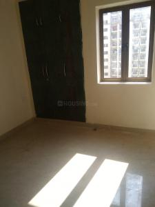 Gallery Cover Image of 1345 Sq.ft 3 BHK Apartment for rent in Noida Extension for 9000