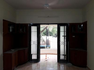 Gallery Cover Image of 1500 Sq.ft 3 BHK Apartment for rent in Adyar for 33000
