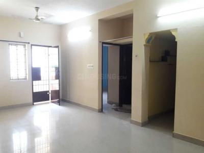 Gallery Cover Image of 950 Sq.ft 2 BHK Apartment for rent in Velachery for 17500