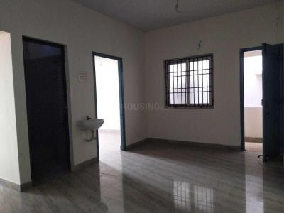 Gallery Cover Image of 790 Sq.ft 2 BHK Apartment for buy in Anakaputhur for 3160000