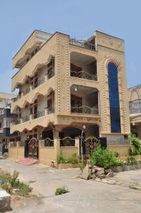 Gallery Cover Image of 2000 Sq.ft 2 BHK Independent House for rent in Tellapur for 12000