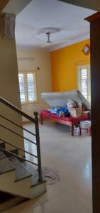 Gallery Cover Image of 1600 Sq.ft 3 BHK Independent House for rent in J P Nagar 8th Phase for 19000