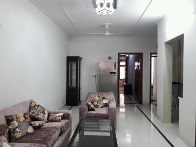 Gallery Cover Image of 1800 Sq.ft 3 BHK Apartment for rent in East Of Kailash for 45000