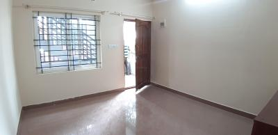 Gallery Cover Image of 550 Sq.ft 1 BHK Independent Floor for rent in C V Raman Nagar for 13000
