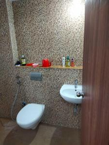Common Bathroom One Image of Sonali in Palava Phase 2 Khoni