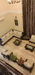 Gallery Cover Image of 6000 Sq.ft 5 BHK Villa for rent in Valasaravakkam for 310000