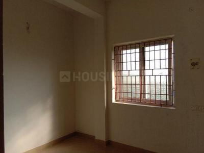 Gallery Cover Image of 1040 Sq.ft 2 BHK Apartment for buy in Pozhichalur for 4000000