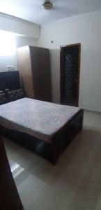 Gallery Cover Image of 1250 Sq.ft 2 BHK Apartment for rent in The Ishwar Apartments, Sector 12 Dwarka for 30000