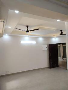 Gallery Cover Image of 1065 Sq.ft 2 BHK Apartment for rent in Nirala Aspire, Noida Extension for 10000