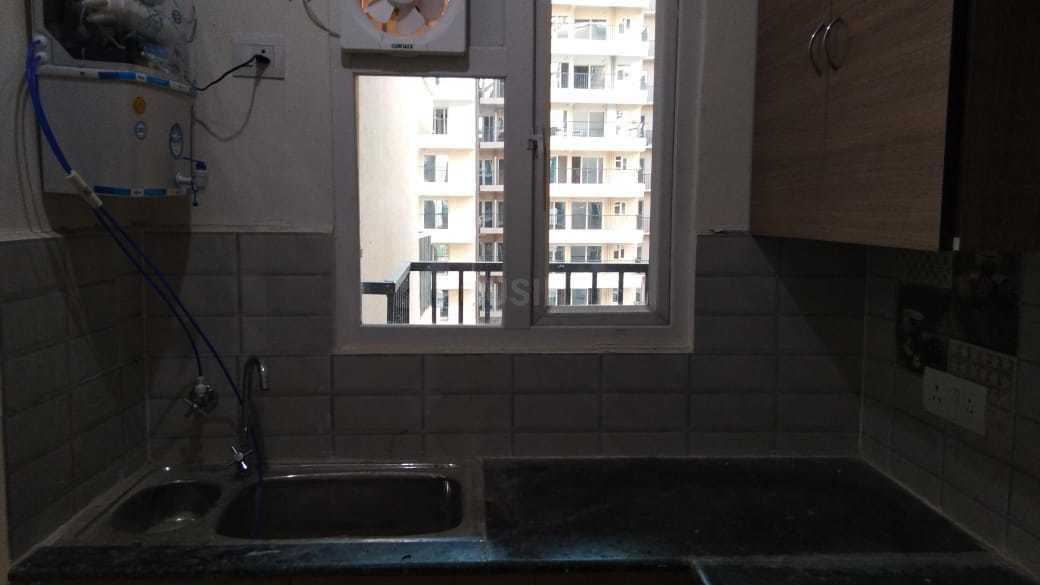 Kitchen Image of 1040 Sq.ft 2 BHK Apartment for rent in Omicron I Greater Noida for 7000