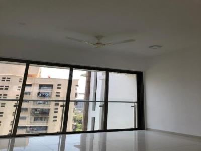 Gallery Cover Image of 1290 Sq.ft 3 BHK Apartment for buy in Mulund West for 25000000