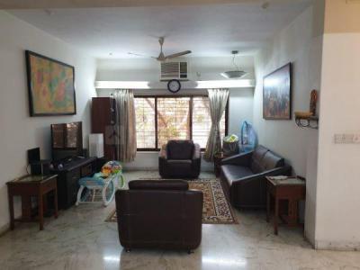 Gallery Cover Image of 700 Sq.ft 2 BHK Apartment for rent in Banjara Bhavan, Chembur for 39000