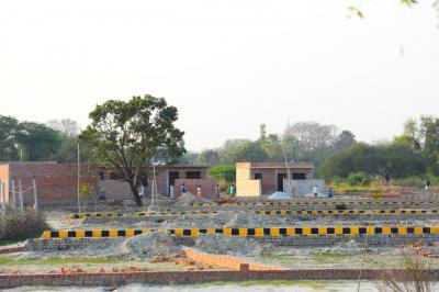 Gallery Cover Image of  Sq.ft Residential Plot for buy in Roberts Lines for 100000