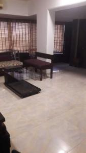 Gallery Cover Image of 1300 Sq.ft 2 BHK Apartment for rent in Santacruz West for 150000