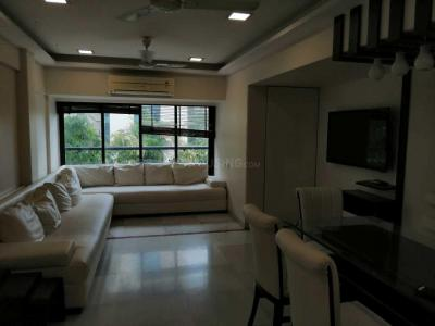 Gallery Cover Image of 2150 Sq.ft 3 BHK Apartment for rent in Juhu for 200000