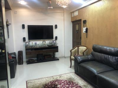 Gallery Cover Image of 640 Sq.ft 1 BHK Apartment for rent in Andheri West for 40000