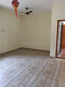 Gallery Cover Image of 600 Sq.ft 2 BHK Apartment for rent in Perungalathur for 13000