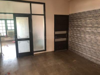 Gallery Cover Image of 2090 Sq.ft 3 BHK Apartment for rent in Sector 106 for 20000
