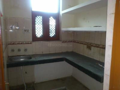 Gallery Cover Image of 800 Sq.ft 1 BHK Independent Floor for rent in Beta II Greater Noida for 7500