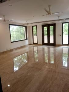 Gallery Cover Image of 2097 Sq.ft 3 BHK Independent Floor for buy in Chittaranjan Park for 37500000