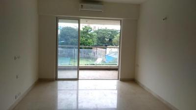 Gallery Cover Image of 2000 Sq.ft 4 BHK Apartment for rent in Kalpataru Siddhachal Elegant, Thane West for 55000