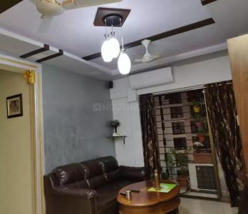 Gallery Cover Image of 865 Sq.ft 2 BHK Apartment for rent in Kandivali East for 41000