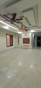 Gallery Cover Image of 1395 Sq.ft 3 BHK Apartment for buy in Niti Khand for 4771000