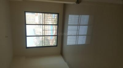 Gallery Cover Image of 669 Sq.ft 1 BHK Apartment for buy in Solitaire Star, Malad West for 9900000