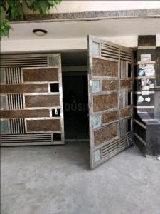 Gallery Cover Image of 750 Sq.ft 2 BHK Apartment for rent in Vishnu Garden for 13000