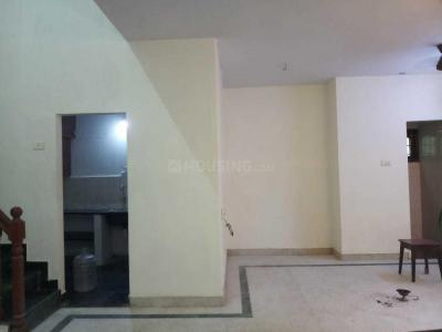 Gallery Cover Image of 1870 Sq.ft 3 BHK Independent Floor for rent in Ramapuram for 27000