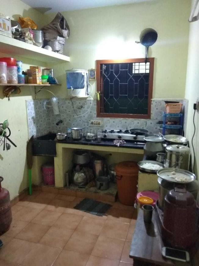 Kitchen Image of 535 Sq.ft 2 BHK Apartment for rent in Ambattur for 8000