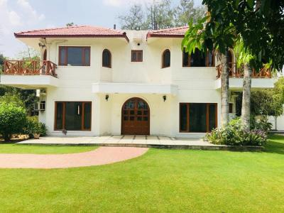 Gallery Cover Image of 10890 Sq.ft 3 BHK Independent House for rent in Vasant Kunj for 250000