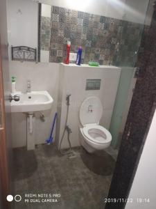 Bathroom Image of Deepak PG in Baner