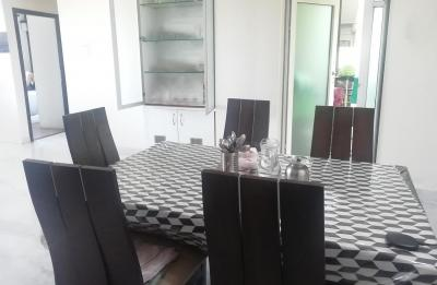 Gallery Cover Image of 750 Sq.ft 2 BHK Apartment for rent in Chembur for 40000
