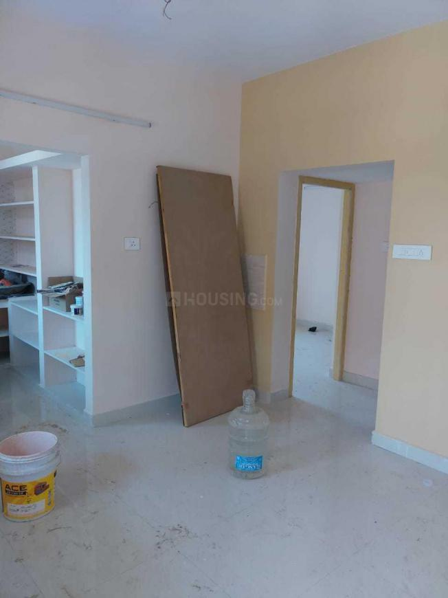 Living Room Image of 750 Sq.ft 2 BHK Apartment for buy in Ambattur for 4000000