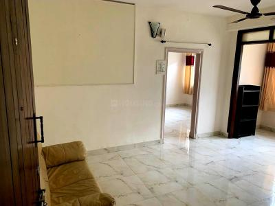 Gallery Cover Image of 1200 Sq.ft 2 BHK Apartment for rent in Meenaxi Apartment, Shivaji Nagar for 27000