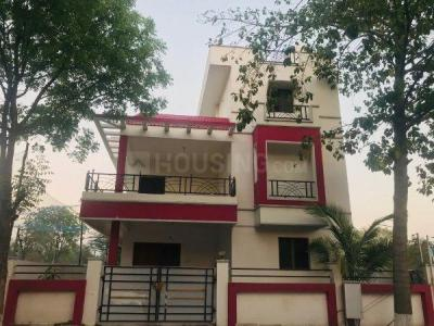 Gallery Cover Image of 3600 Sq.ft 4 BHK Villa for rent in Praneeth Homes, Mallampet for 25000