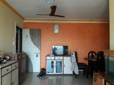 Gallery Cover Image of 900 Sq.ft 2 BHK Apartment for rent in Dahisar West for 26000