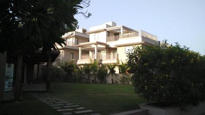 Gallery Cover Image of 3060 Sq.ft 4 BHK Villa for buy in Shantipura for 10700000