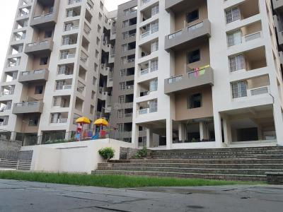 Gallery Cover Image of 890 Sq.ft 2 BHK Apartment for buy in Dhanori for 4330000