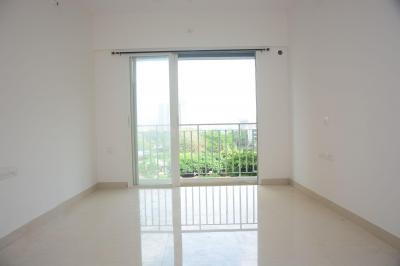 Gallery Cover Image of 1100 Sq.ft 2 BHK Apartment for rent in Wadhwa Solitaire, Thane West for 22000