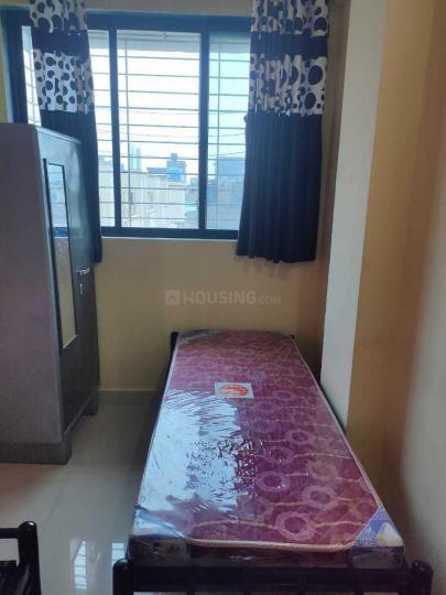 घनसोली में मोती एंटरप्राइजेज पीजी में बेडरूम की तस्वीर